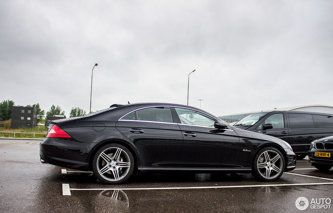 Mercedes benz cls 63 amg c219 2008 10 may 2014 autogespot for Mercedes benz cls 63 amg price
