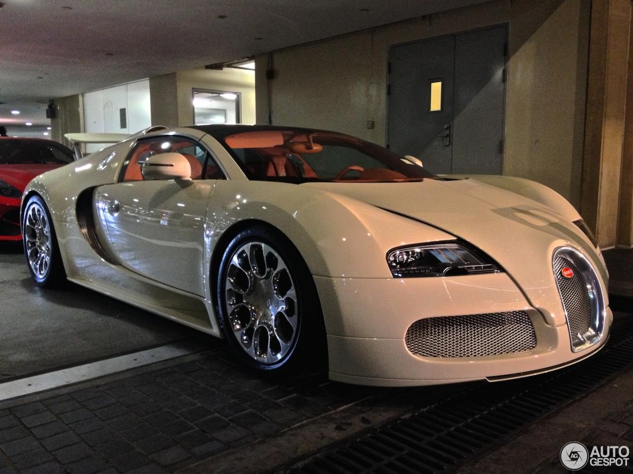 bugatti veyron 16 4 grand sport 13 may 2014 autogespot. Black Bedroom Furniture Sets. Home Design Ideas
