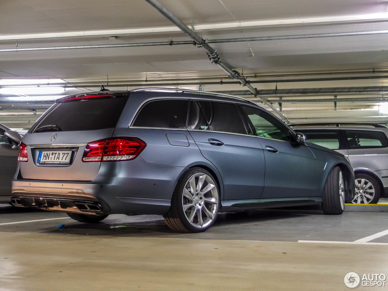 mercedes benz e 63 amg s estate s212 15 may 2014 autogespot. Black Bedroom Furniture Sets. Home Design Ideas