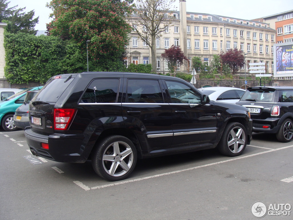 jeep grand cherokee srt 8 2005 16 may 2014 autogespot. Black Bedroom Furniture Sets. Home Design Ideas
