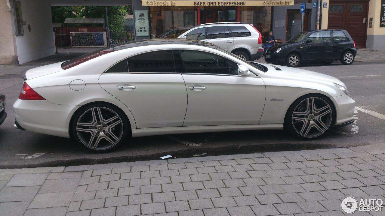 Mercedes benz cls 63 amg c219 17 mai 2014 autogespot for Mercedes benz of jackson