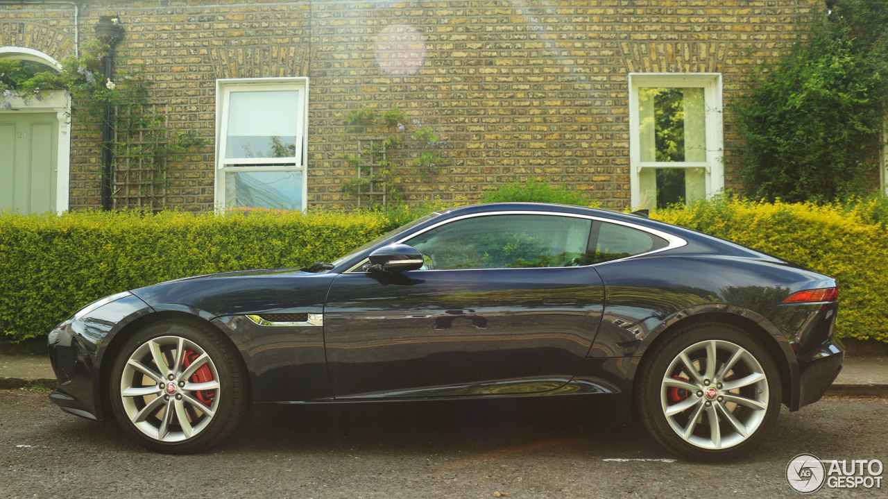 Jaguar f type coupe green - photo#4
