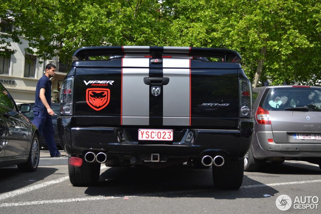 Dodge RAM SRT-10 Quad-Cab Night Runner 4