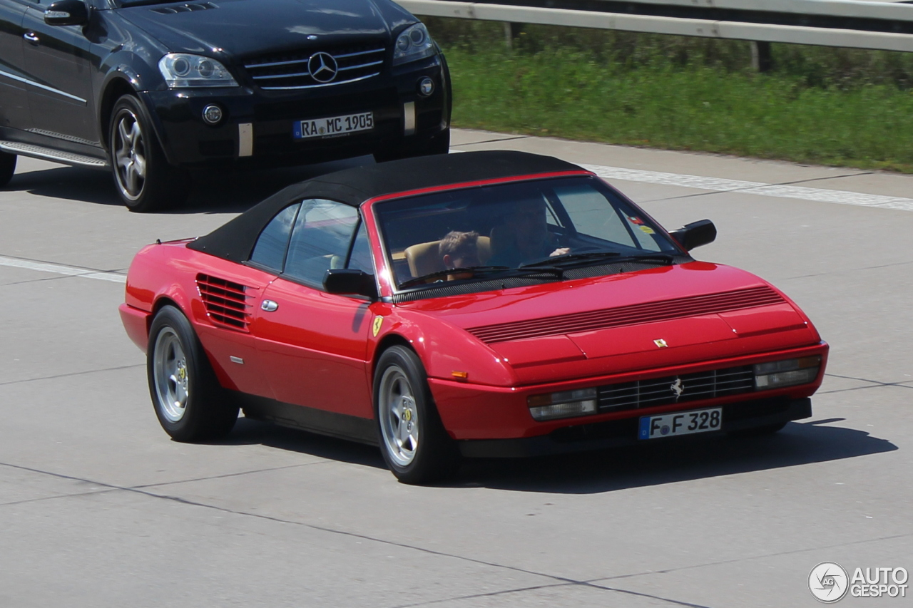 ferrari mondial 3 2 cabriolet 21 mei 2014 autogespot. Black Bedroom Furniture Sets. Home Design Ideas