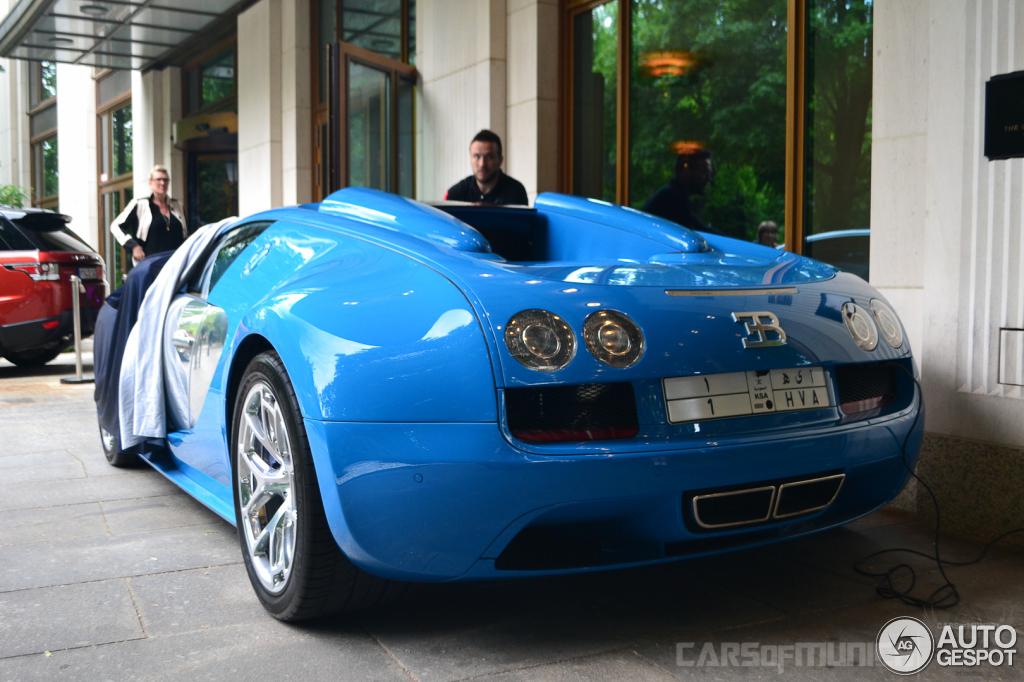 bugatti veyron 16 4 grand sport vitesse meo costantini 23 maio 2014 autogespot. Black Bedroom Furniture Sets. Home Design Ideas