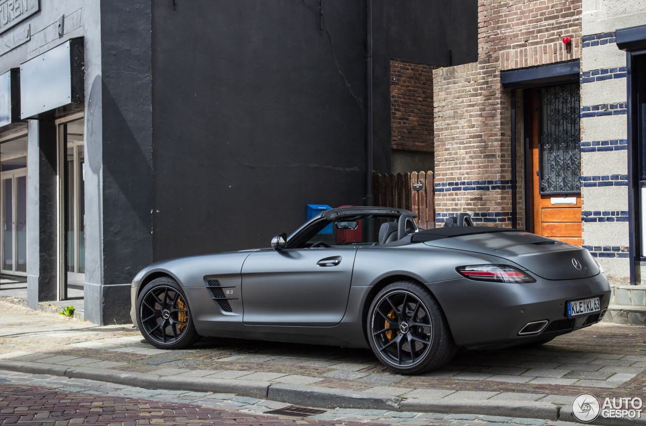 mercedes benz sls amg gt roadster final edition 24 maio 2014 autogespot. Black Bedroom Furniture Sets. Home Design Ideas