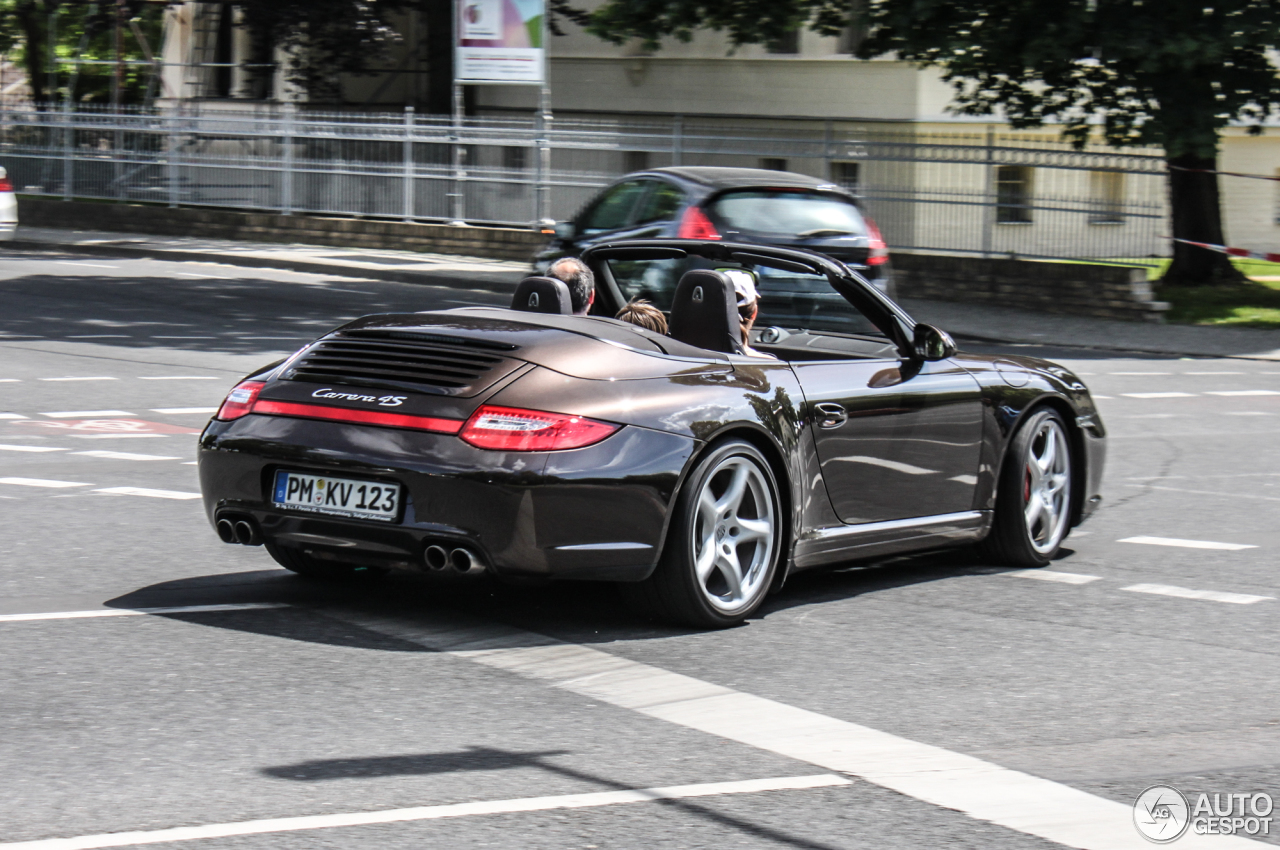 porsche 997 carrera 4s cabriolet mkii 25 may 2014 autogespot. Black Bedroom Furniture Sets. Home Design Ideas