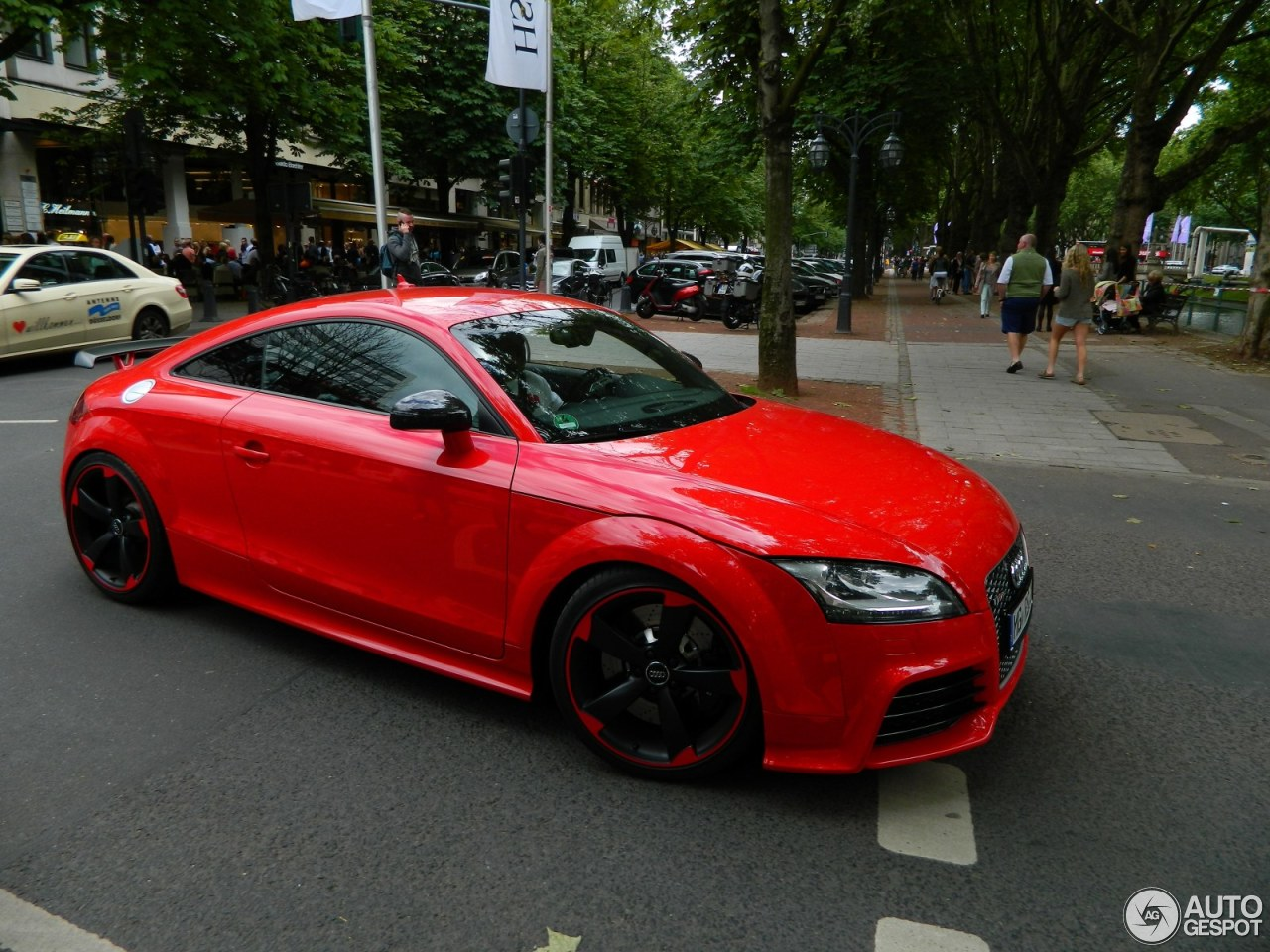 Audi tt rs plus 28 may 2014 autogespot for Motor city performance plus