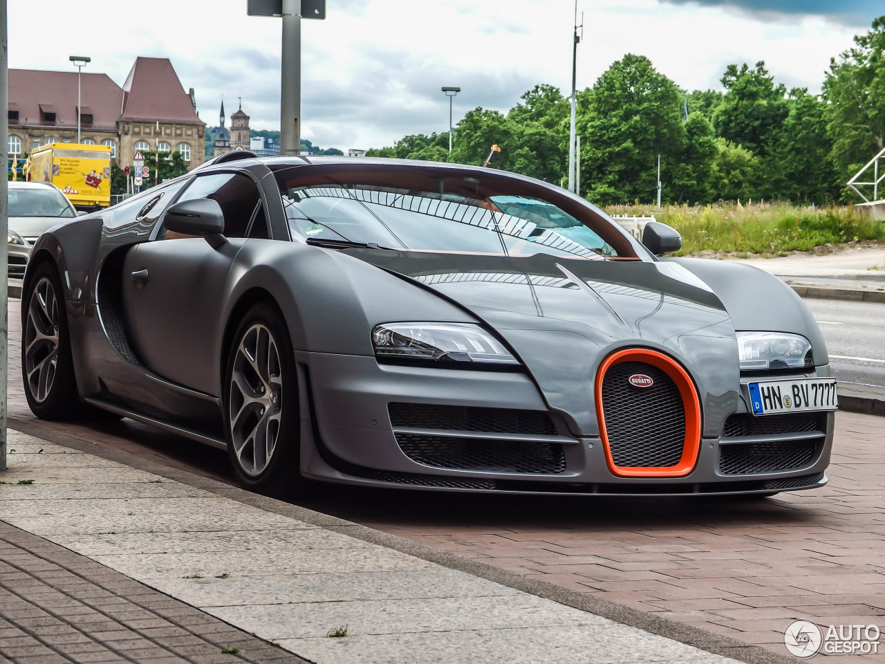 bugatti veyron 16 4 grand sport vitesse 28 may 2014 autogespot. Black Bedroom Furniture Sets. Home Design Ideas