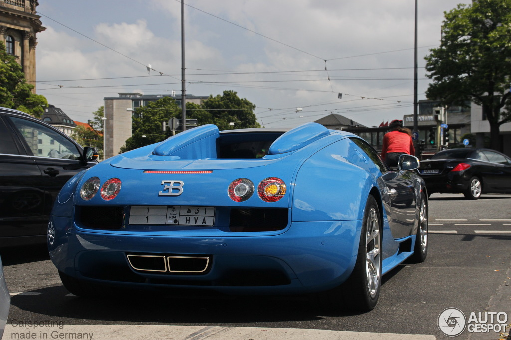 bugatti veyron 16 4 grand sport vitesse meo costantini 29 mai 2014 autogespot. Black Bedroom Furniture Sets. Home Design Ideas