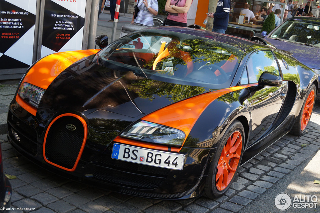 bugatti veyron 16 4 grand sport vitesse world record car edition 2 june 201. Black Bedroom Furniture Sets. Home Design Ideas