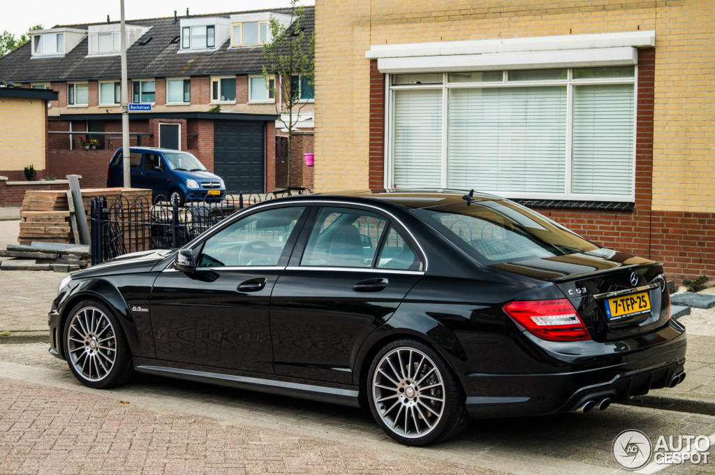 mercedes benz c 63 amg w204 2012 2 june 2014 autogespot. Black Bedroom Furniture Sets. Home Design Ideas