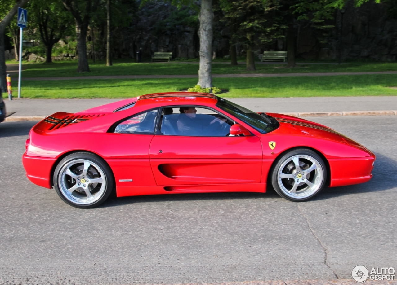 Ferrari F355 Berlinetta 5 June 2014 Autogespot