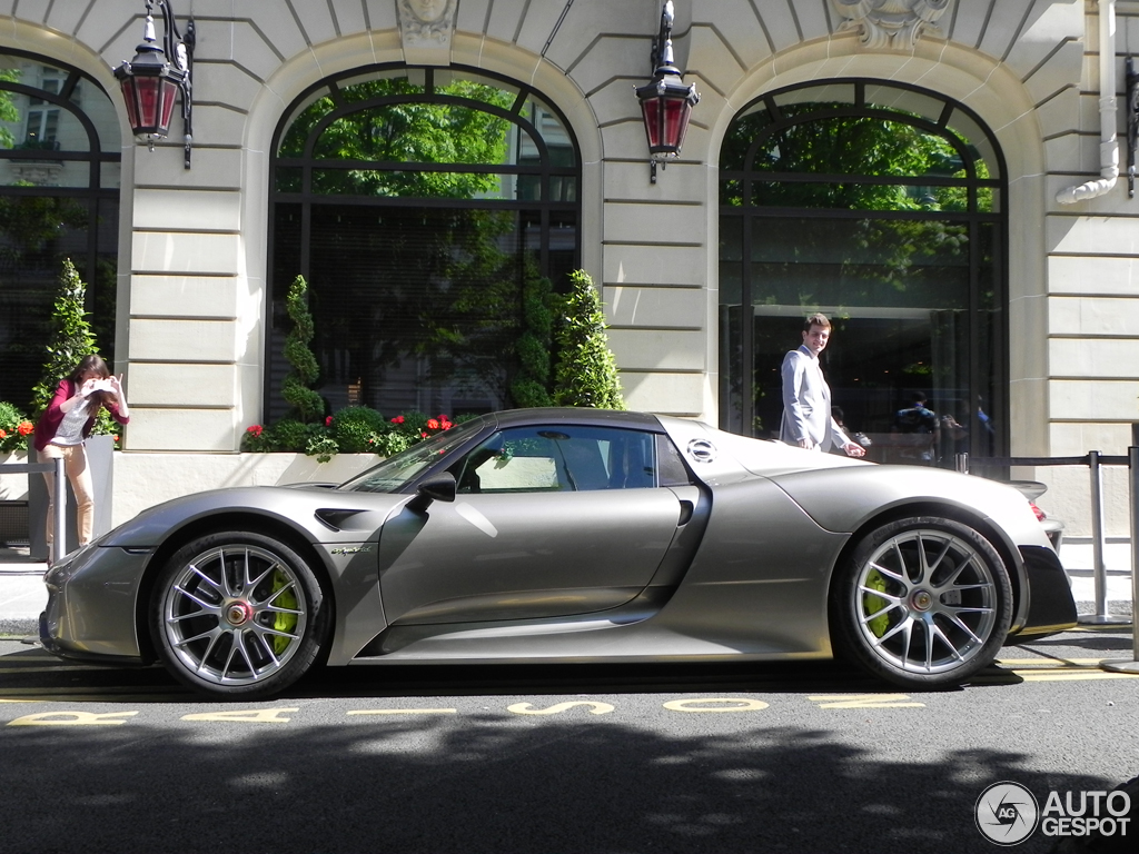 porsche 918 spyder weissach package 5 juin 2014 autogespot. Black Bedroom Furniture Sets. Home Design Ideas