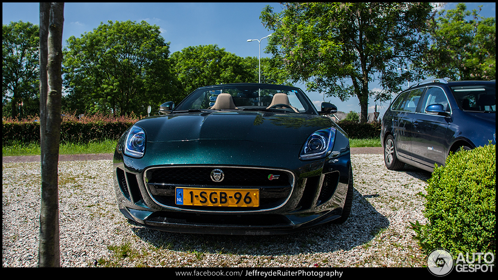Jaguar f type coupe green - photo#16