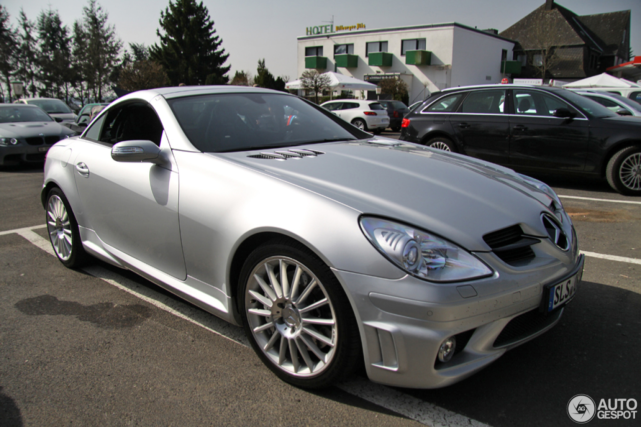 mercedes benz slk 55 amg r171 7 june 2014 autogespot. Black Bedroom Furniture Sets. Home Design Ideas