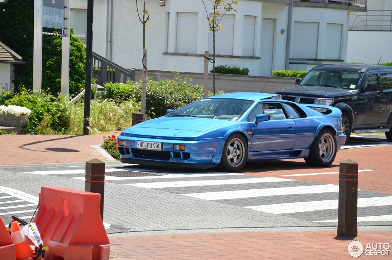 Lotus Esprit 300 Sport 8 June 2014 Autogespot