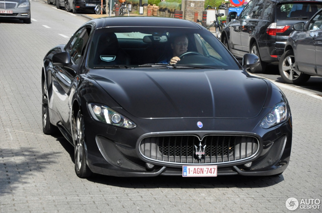 maserati granturismo sport 8 june 2014 autogespot. Black Bedroom Furniture Sets. Home Design Ideas