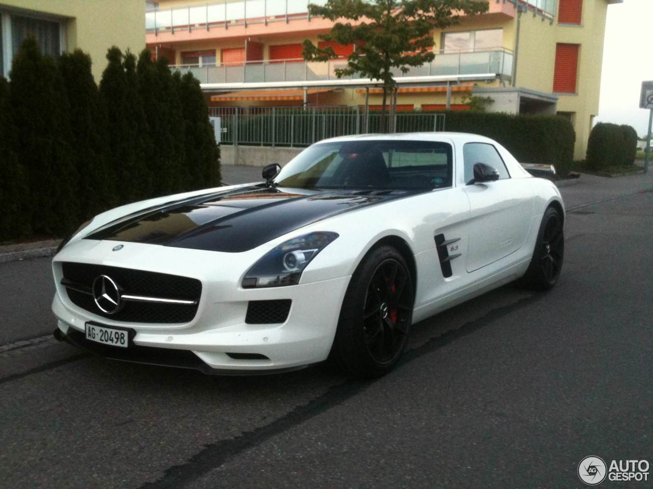 mercedes benz sls amg gt final edition 8 june 2014. Black Bedroom Furniture Sets. Home Design Ideas