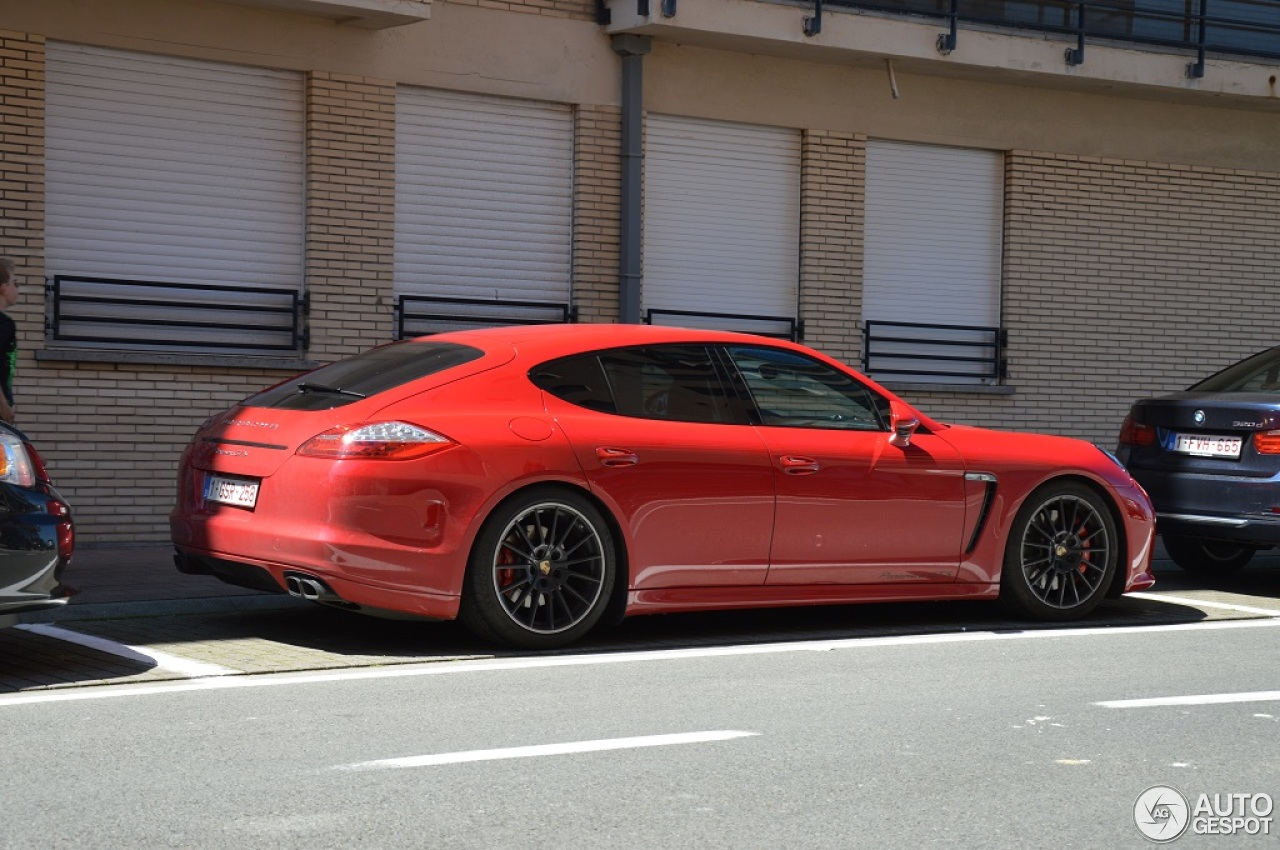 porsche panamera gts 8 june 2014 autogespot. Black Bedroom Furniture Sets. Home Design Ideas