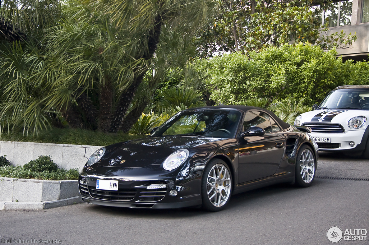 porsche 997 turbo s cabriolet 9 june 2014 autogespot. Black Bedroom Furniture Sets. Home Design Ideas