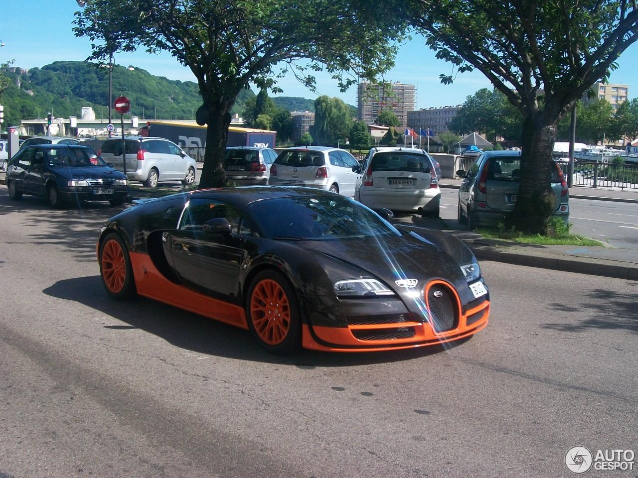 bugatti veyron 16 4 super sport l 39 edition sp ciale record du monde 12 j. Black Bedroom Furniture Sets. Home Design Ideas