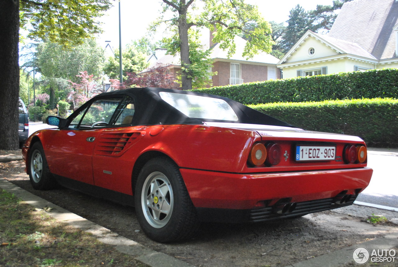 ferrari mondial 3 2 cabriolet 13 juni 2014 autogespot. Black Bedroom Furniture Sets. Home Design Ideas