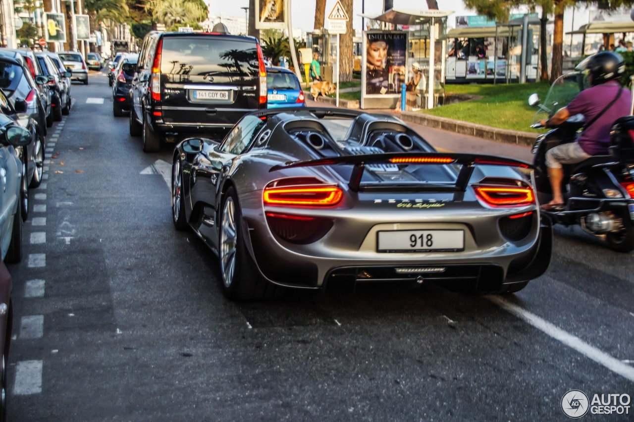 porsche 918 spyder weissach package 13 june 2014 autogespot. Black Bedroom Furniture Sets. Home Design Ideas