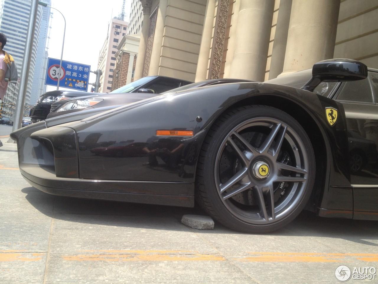 Ferrari Enzo Ferrari 3