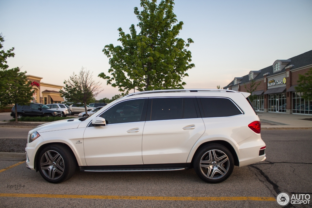 Mercedes benz gl 63 amg x166 18 june 2014 autogespot for Mercedes benz gl63 amg for sale