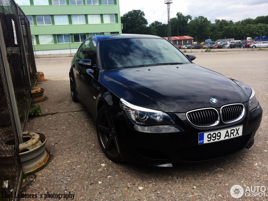 bmw m5 e60 2005 2 juli 2014 autogespot. Black Bedroom Furniture Sets. Home Design Ideas