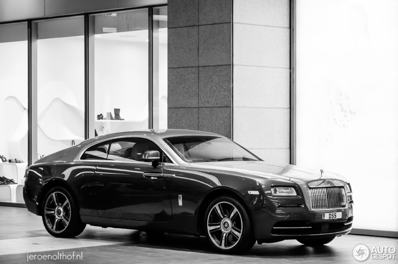 rolls royce wraith white and black. 1 i rollsroyce wraith rolls royce white and black