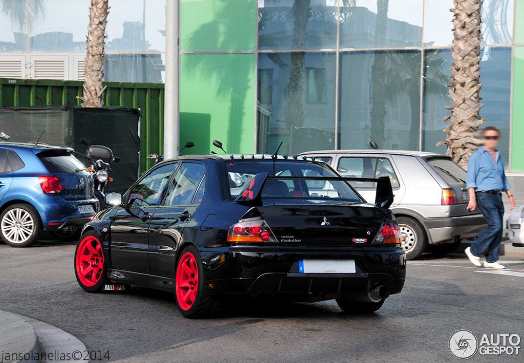 mitsubishi lancer evolution ix 8 july 2014 autogespot. Black Bedroom Furniture Sets. Home Design Ideas