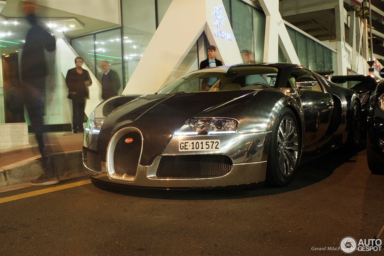 bugatti veyron 16 4 pur sang 10 july 2014 autogespot. Black Bedroom Furniture Sets. Home Design Ideas