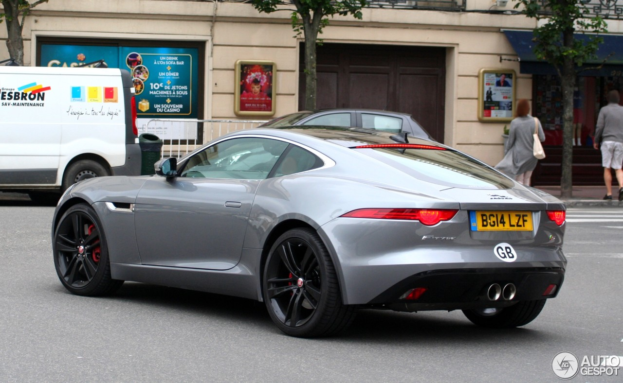 jaguar f type s coup 12 juillet 2014 autogespot. Black Bedroom Furniture Sets. Home Design Ideas