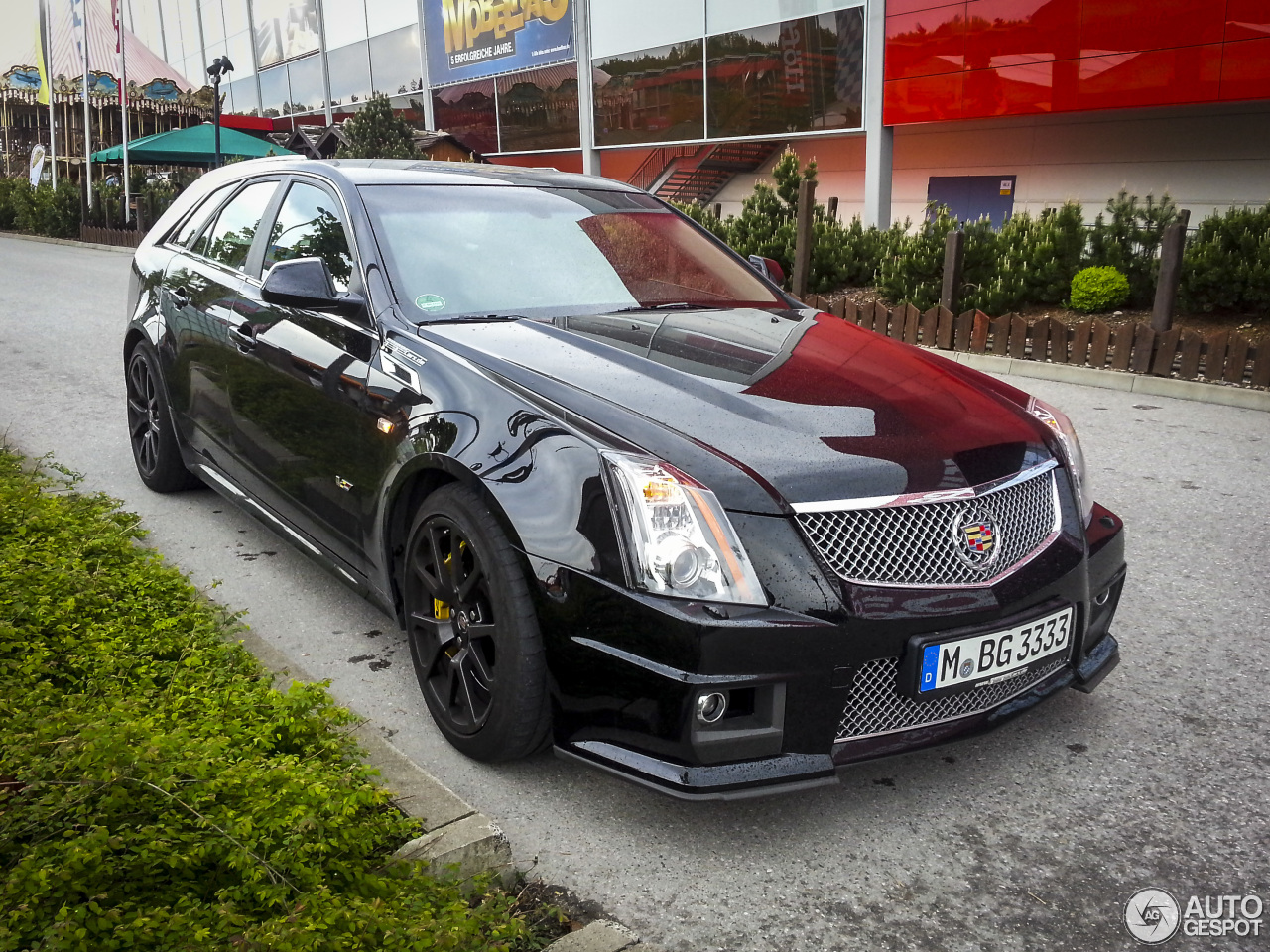 cadillac cts v sport wagon 16 july 2014 autogespot. Black Bedroom Furniture Sets. Home Design Ideas