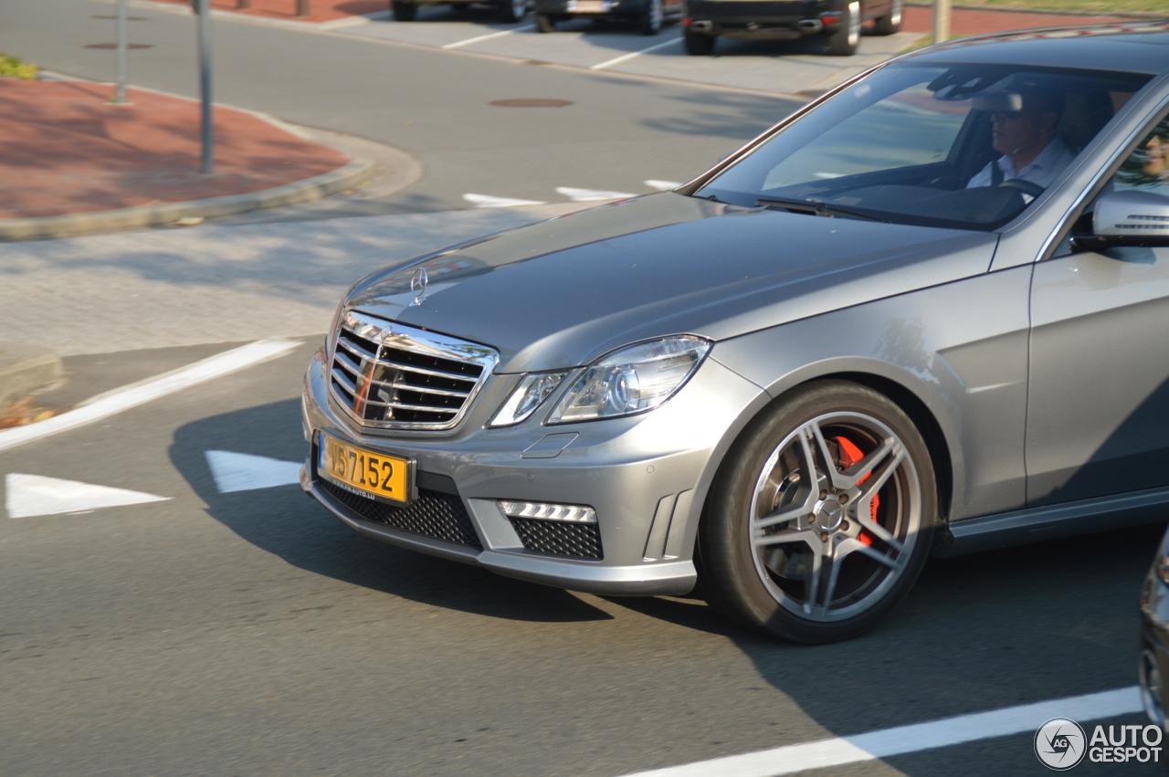 Mercedes benz e 63 amg w212 v8 biturbo 17 july 2014 for Mercedes benz v8 biturbo price