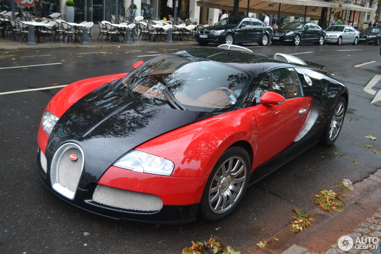 bugatti veyron 16 4 20 juli 2014 autogespot. Black Bedroom Furniture Sets. Home Design Ideas