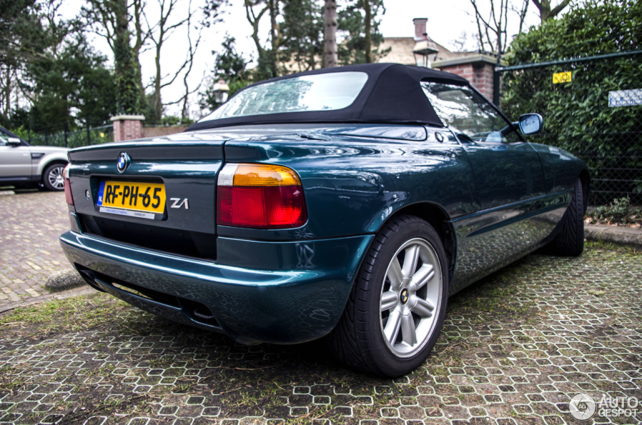 bmw z1 23 july 2014 autogespot. Black Bedroom Furniture Sets. Home Design Ideas