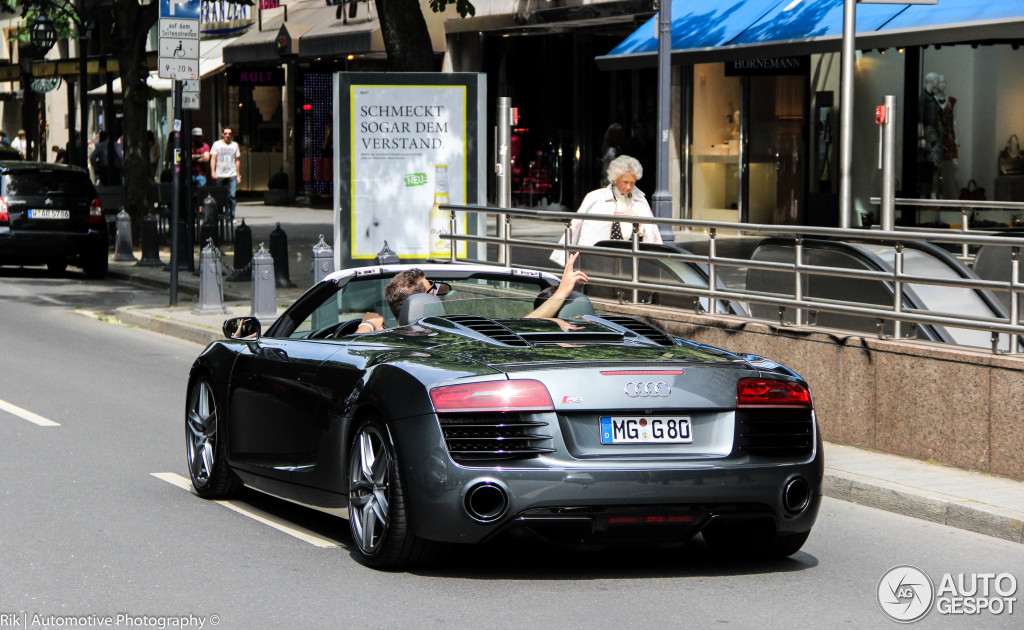 Audi R8 V8 Spyder 2013 28 July 2014 Autogespot