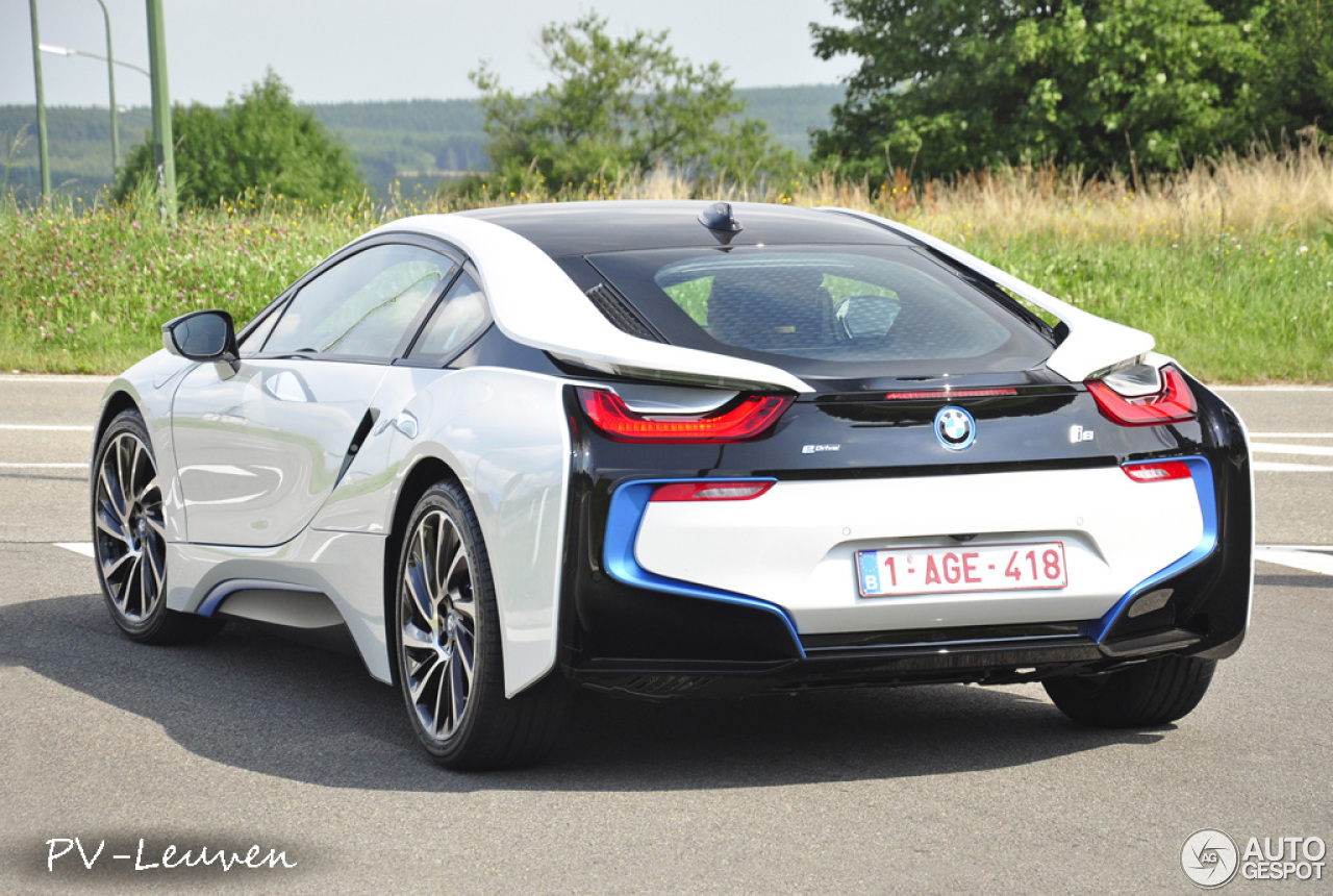 bmw i8 28 july 2014 autogespot. Black Bedroom Furniture Sets. Home Design Ideas