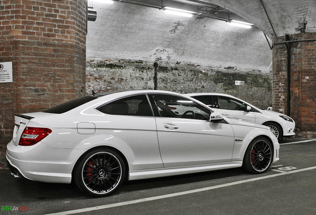 Mercedes-Benz C 63 AMG Coupé Edition 125