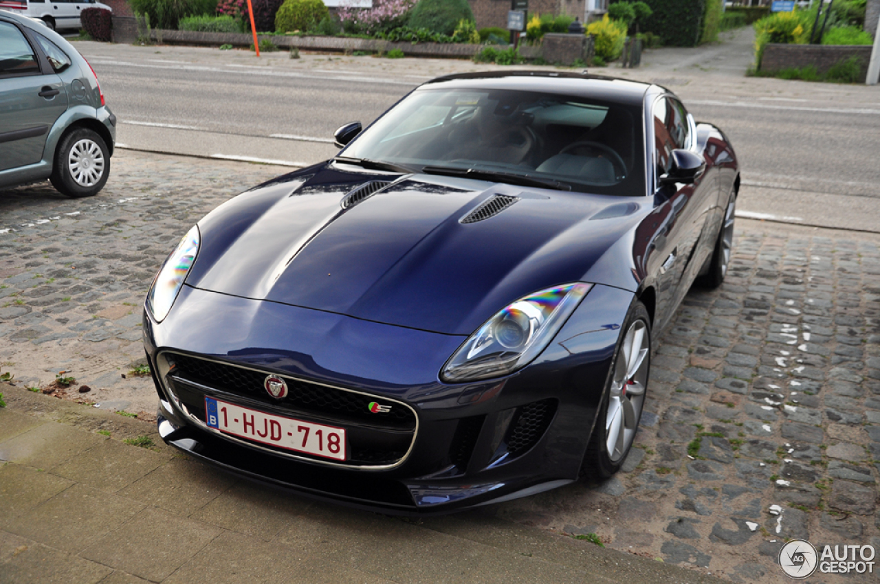 jaguar f type s coup 31 july 2014 autogespot. Black Bedroom Furniture Sets. Home Design Ideas