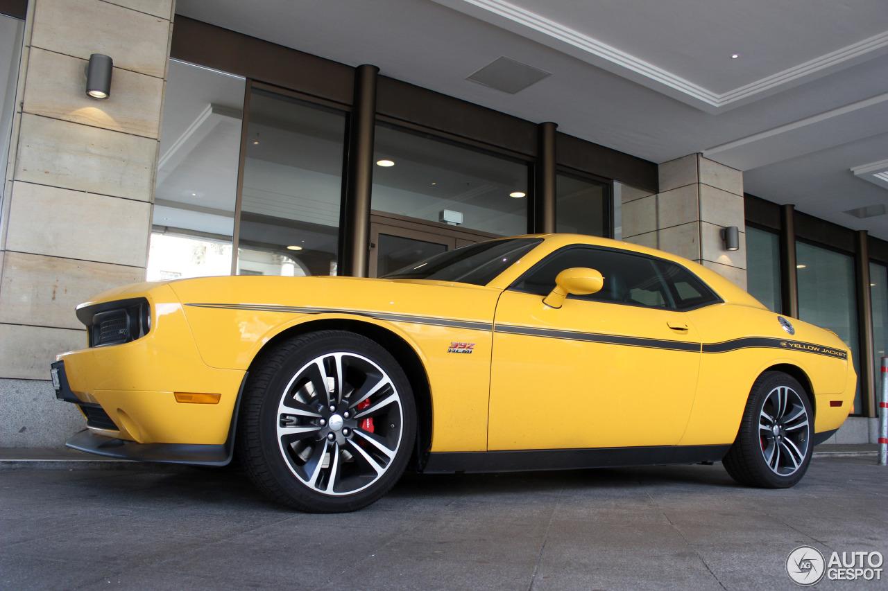 Dodge Challenger Srt8 392 Yellow Jacket 1 August 2014