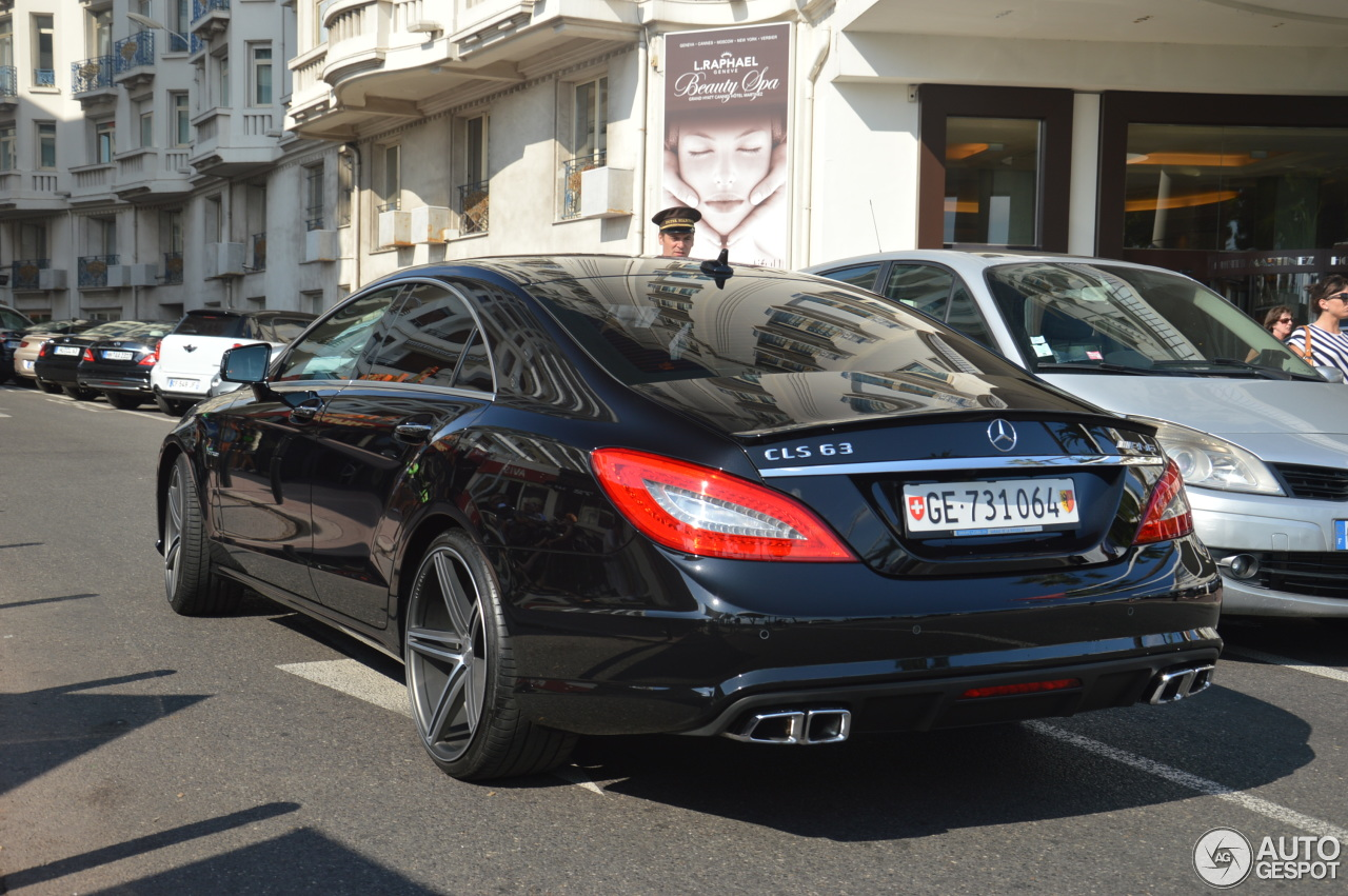 mercedes benz cls 63 amg c218 1 ao t 2014 autogespot. Black Bedroom Furniture Sets. Home Design Ideas