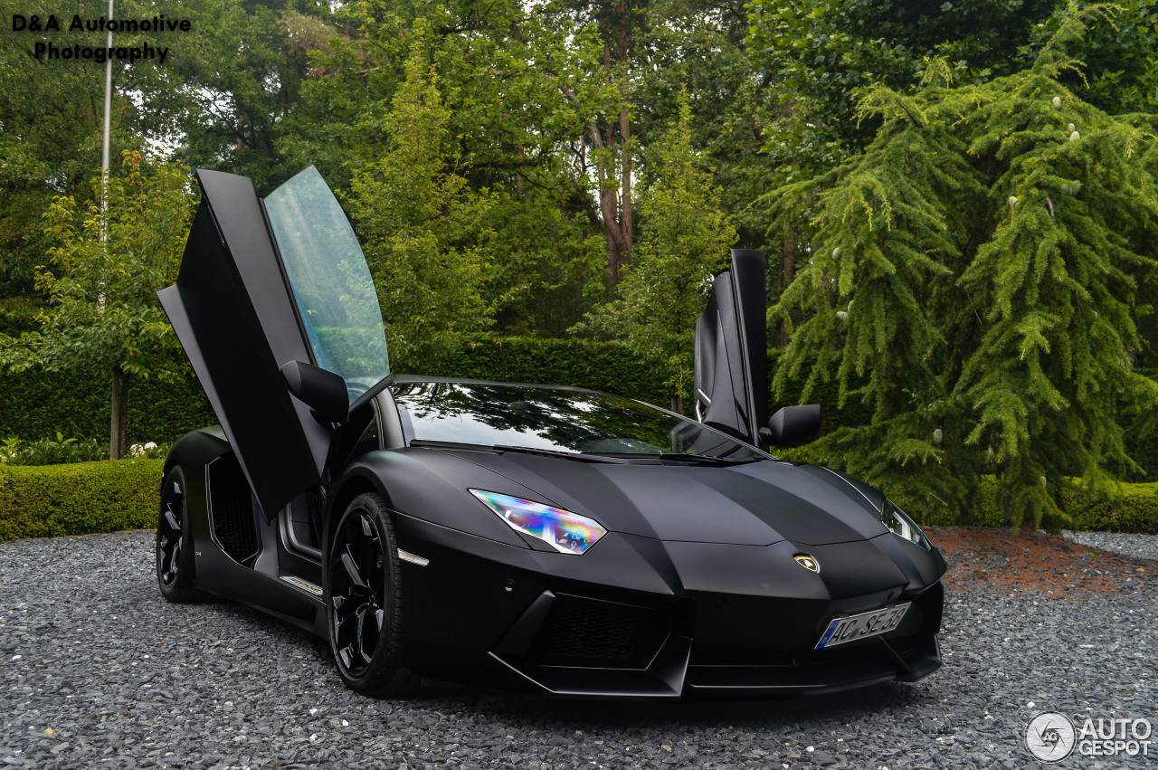 lamborghini aventador lp700 4 4 augustus 2014 autogespot. Black Bedroom Furniture Sets. Home Design Ideas