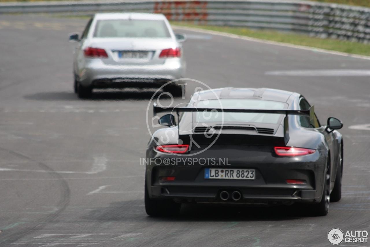 2011 - [Porsche] 911 [991] - Page 5 Porsche-991-gt3-rs-c822615082014135529_8