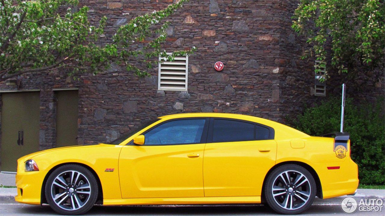 dodge charger srt 8 super bee 2012 20 august 2014. Black Bedroom Furniture Sets. Home Design Ideas