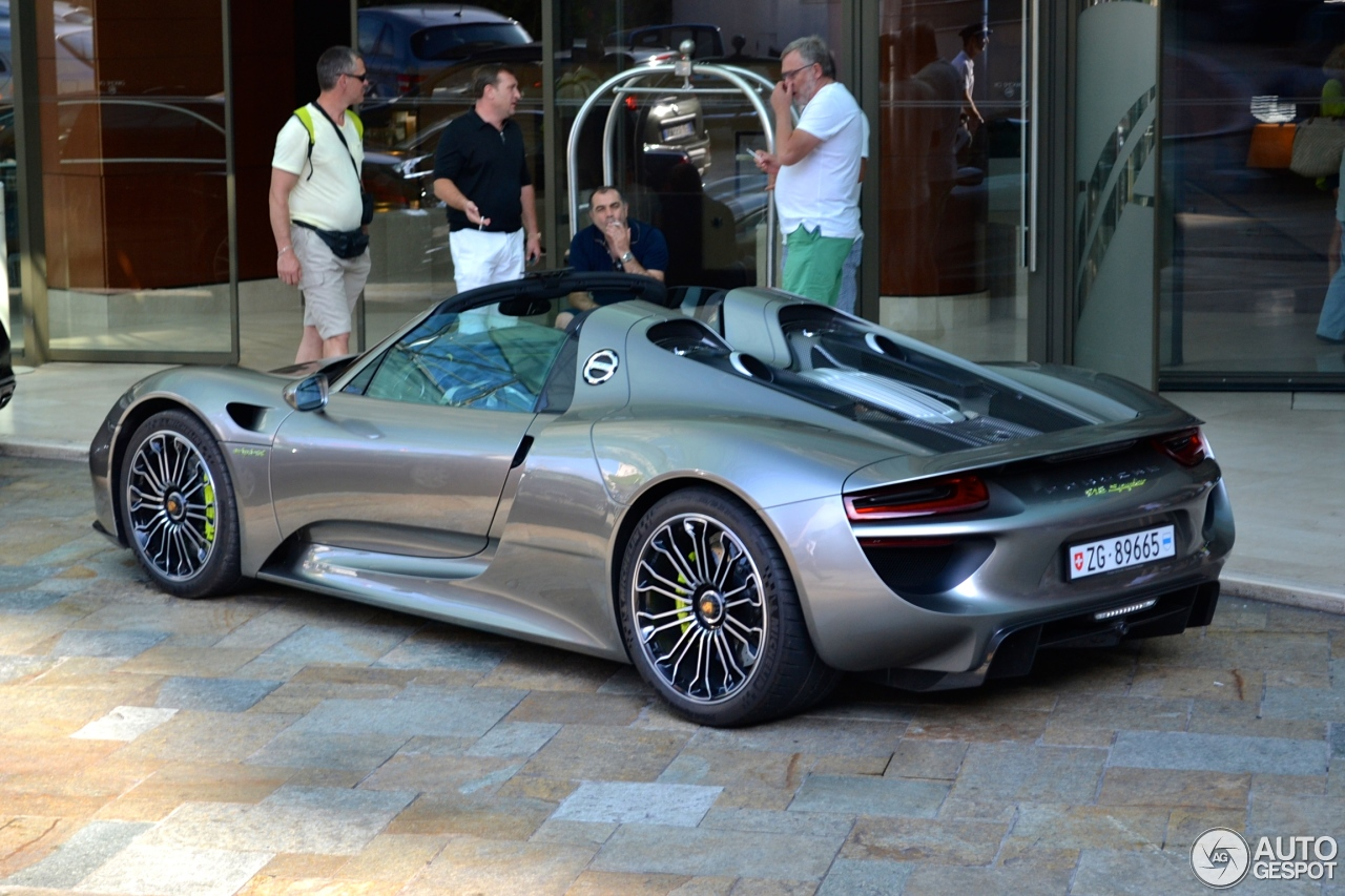porsche 918 spyder 22 august 2014 autogespot. Black Bedroom Furniture Sets. Home Design Ideas