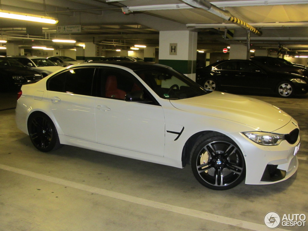 bmw m3 f80 sedan 2014 25 august 2014 autogespot. Black Bedroom Furniture Sets. Home Design Ideas